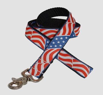 uc-dog-leash-american-flag
