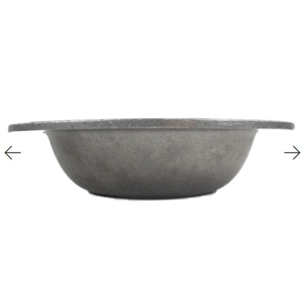 ou-sand-cast-dog-bowl-3