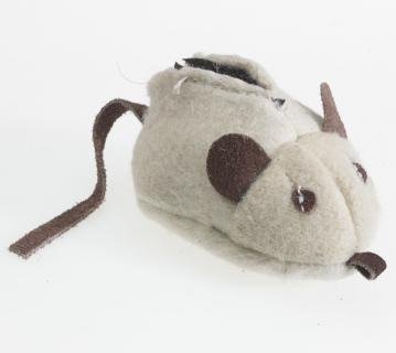 an-catnip-cat-toy-wool-mouse