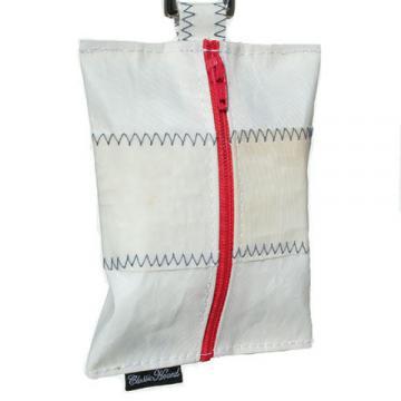 ch-leash-accessories-poop-bag-white-blue-stitching-1.jpg