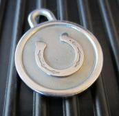 sp-collar-accessories-horseshoe.JPG